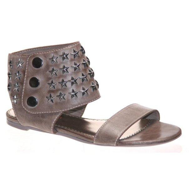 Модные тенденции летней обуви 2010 X_6b4219ff