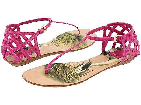 Модные тенденции летней обуви 2010 X_6c62cdc8