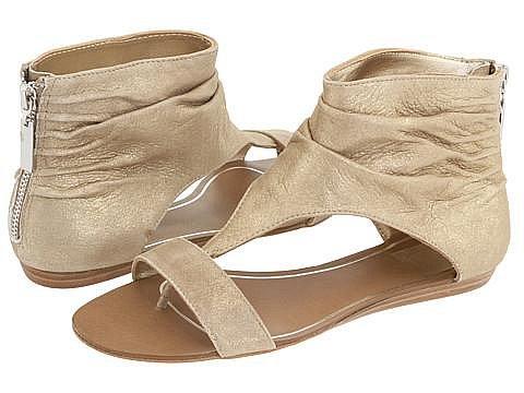 Модные тенденции летней обуви 2010 X_8afcba9d